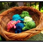 Half a Dozen Knitted Turtles!
