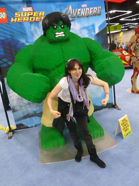 Me posing by the Hulk