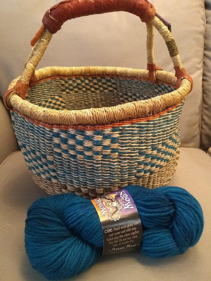 Gift Bolga Basket from Becky matches perfectly with the yarn I got!